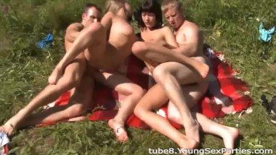 Hot sunbathing and fucking