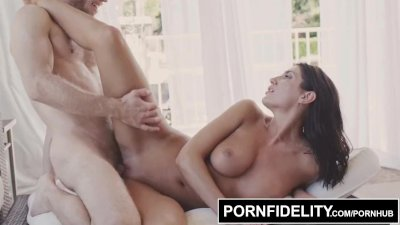 PORNFIDELITY August Ames Every Man's Fantasy